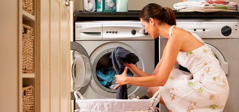 Algunos objetos caen a la lavadora causando daños
