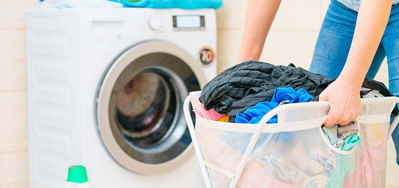 La ropa no se debe lavar toda junta